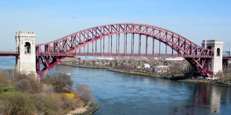 Hell's Gate Bridge, New York.