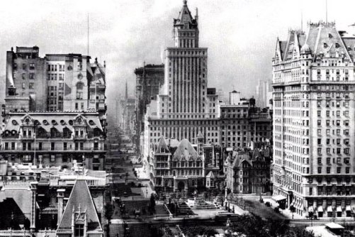 New York's lost buildings: Cornelius Vanderbilt House, 1920s