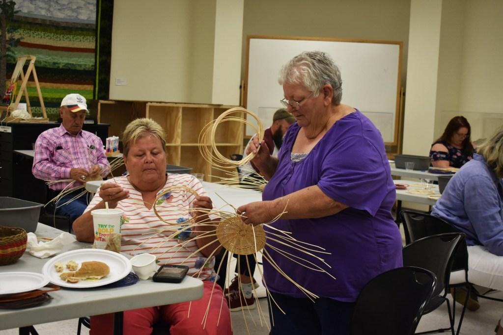 Linda Lou Alexander leading a basketry workshop