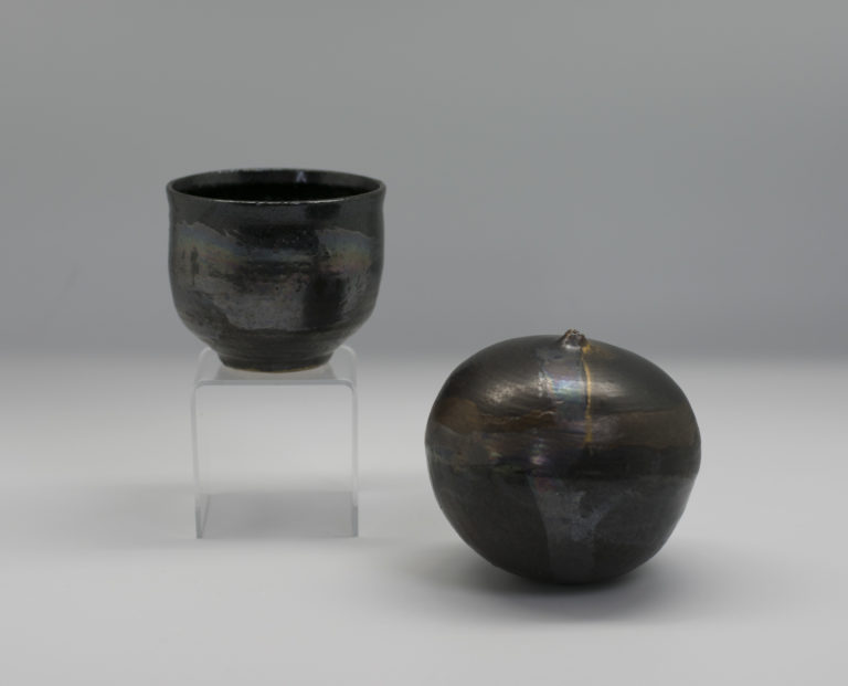 Tea bowl and drip pot, ca. 1970 by Toshiko Takzezu