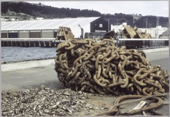 TEV Wahine's anchor chain and hull parts