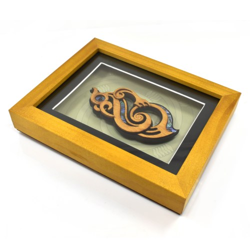 Medium Framed Manaia gift maori culture carving art