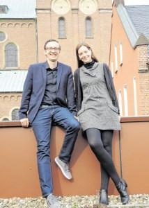 Dekanatskirchenmusiker Tobias Leschke und die kirchenmusikalische Assistentin Anna Kristina Naechster sind seit Anfang April ein Team. - Foto: Ralf Tiemann