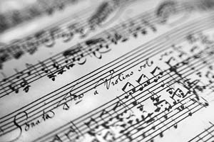 frequenze: differenza tra diverse tonalità e intonazioni