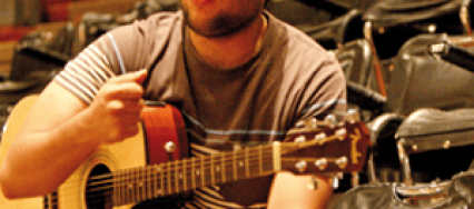 José-Alejandro-Paredes1-426×188