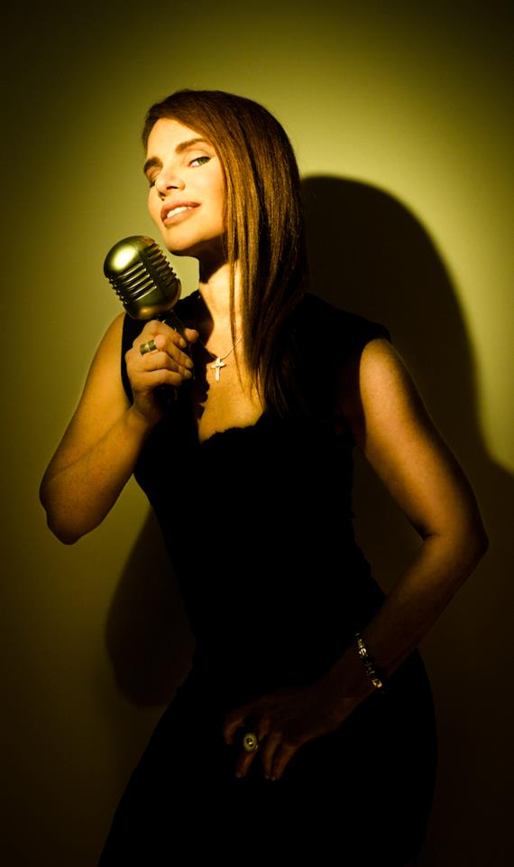 Maria-Rivas-abril-2012