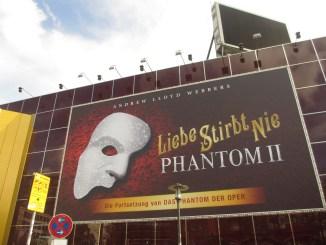 Liebe Stirbt Nie Operettenhaus