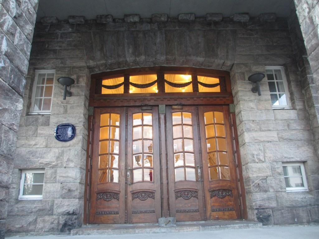 Kristiansund opera entrance