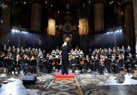 Milano: Il Concerto di Natale in Duomo diretto da Ruben Jais