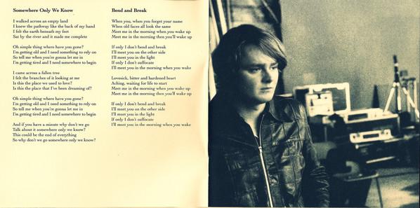 Interior del disco con la letra de esta canción