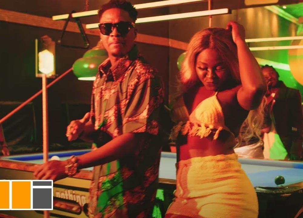 Krymi – Party Gbee ft. Kofi Mole & King Maaga (Official Video)