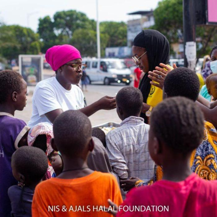 NIS & AJALS HALAL FOUNDATION Embark On A Street Donation Exercise