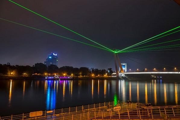 kvant laser caso