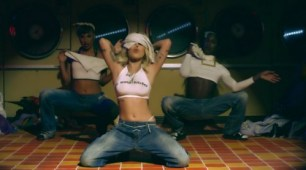 Brooke Candy – Rubber Band Stacks [2015, HD 1080p] Music Video