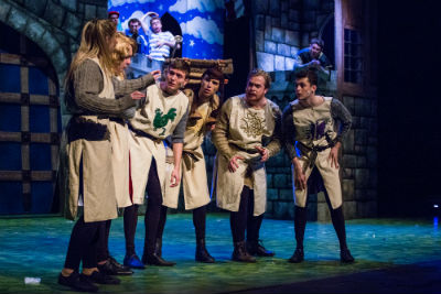 DULOG Spamalot The Knights of the Round Table