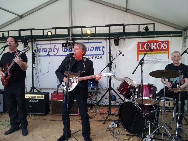 Tony Wadsworth with the Up-Beatles at Enderby