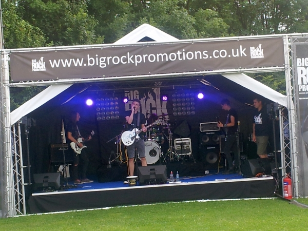 The World Can Wait at Coalville Rugby Club 2015