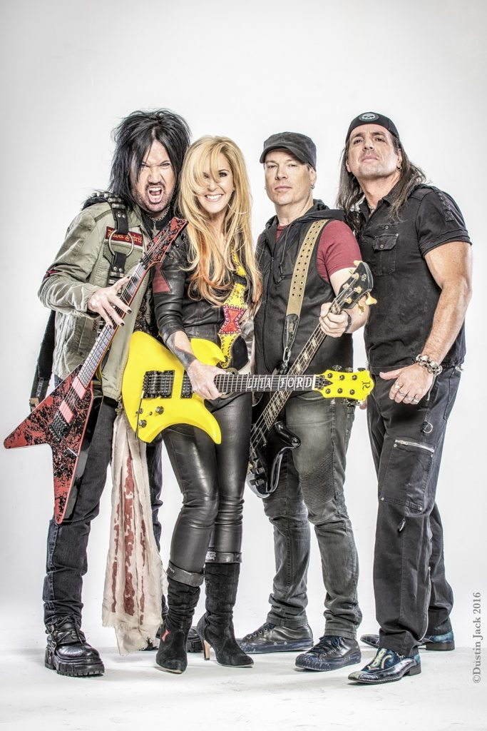 Lita Ford_2015studio-435-Edit (Copy)-p1ar8rl1mq15fn1i5h61a1ig0csl