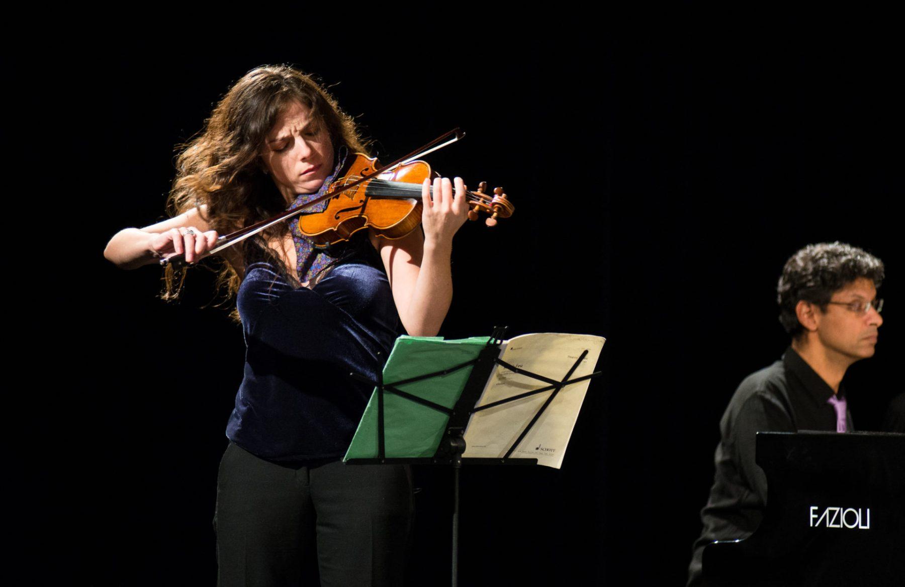 Lisa Bielawa with Ensemble Variances