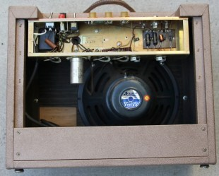 This view shows the 'tubes layout' label affixed to the inside lower Left-hand side of the amp's front panel.