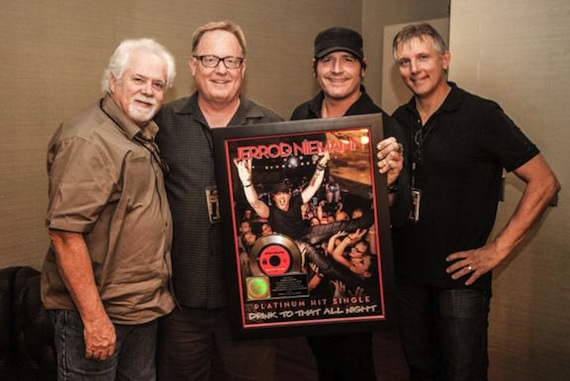 Pictured (L-R): Bill Simmons (Fitzgerald Hartley), Gary Overton (Sony Music Nashville), Jerrod Niemann, Steve Emley (Fitzgerald Hartley). Photo: Ivor Karabatkovic