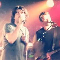 Embrace-live-king-tuts-glasgow-12-feb-2014-Danny and Rich
