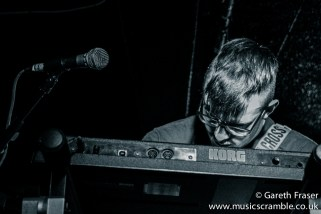 junebug-king-tuts-glasgow-new-band-revolution-live-january-2014-20