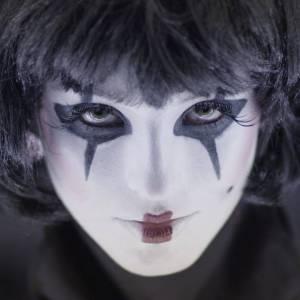 Australian Pop Singer Raz Tilley