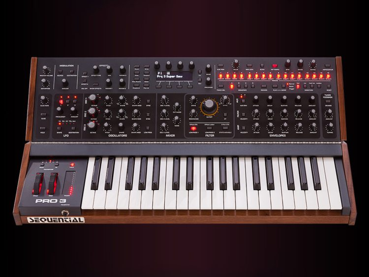 Sequential Pro 3 SE paraphonic synth