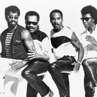 CAMEO : Funk Icone.