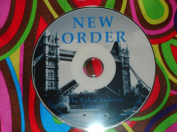 New Order / Joy Division Video Archives 1987-2005 (1 Hr. 45 Mins.)