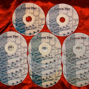 Green Day The ULTIMATE Video Archives 1993-2015 (15 DVD Set 29 Hours) Includes Live Performances, In-Depth Interviews and Documentaries