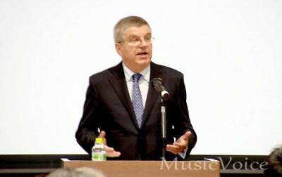 来日記念特別式典で語るトーマス・バッハIOC会長(撮影・松尾模糊)