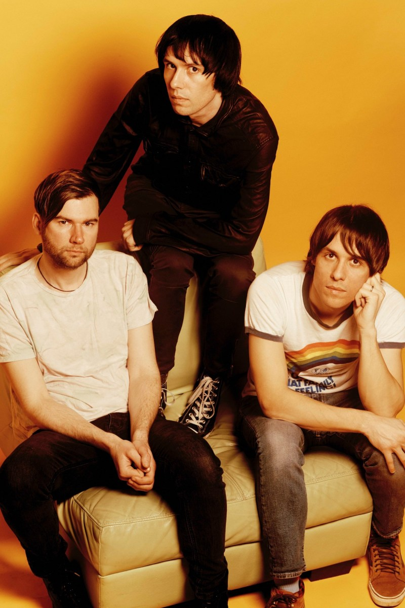 The Cribs (Credit Sonic Blew)