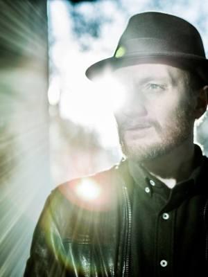 Dan Østerby udgiver minialbummet Vol. 1 Trumftanker