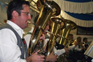 Mieminger Musikanten spielten beim Oktoberfest, Foto: Knut Kuckel