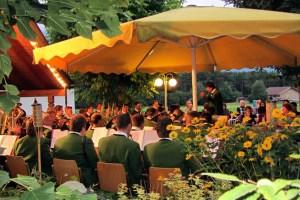 Platzkonzert im Café Maurer, Foto: Elisabeth Phi Fischer