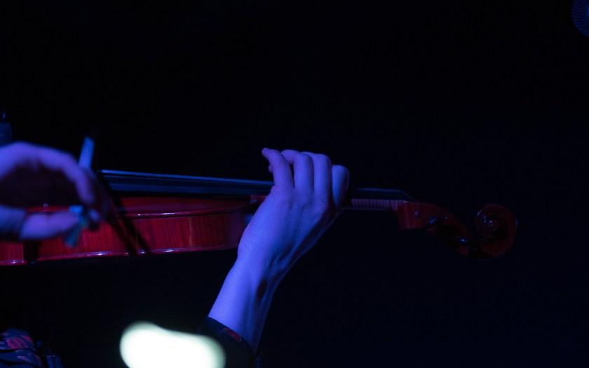 Konzert von Sun Dew @ Neue Nachbarn. © Hufner