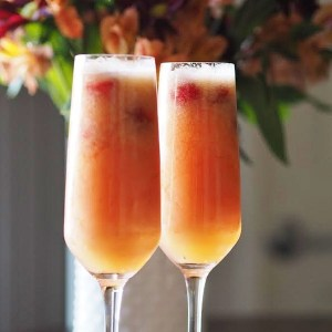 Raspberry Peach Bellinis – The Perfect New Year's Drink