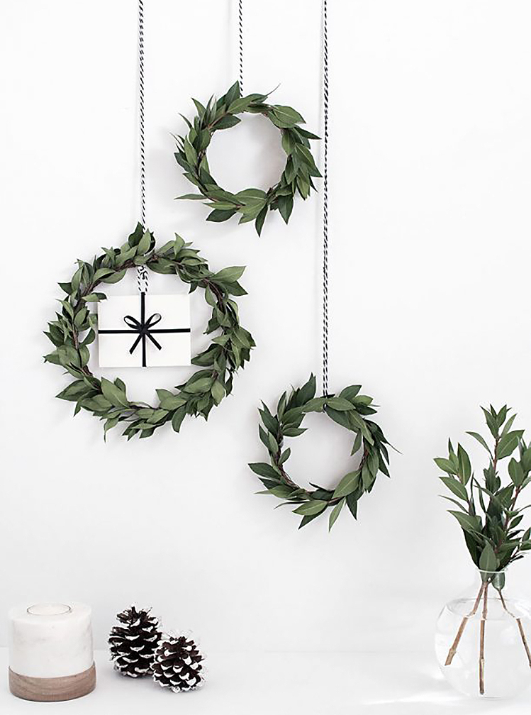 Minimalist Holiday Decor - Mini Wreaths