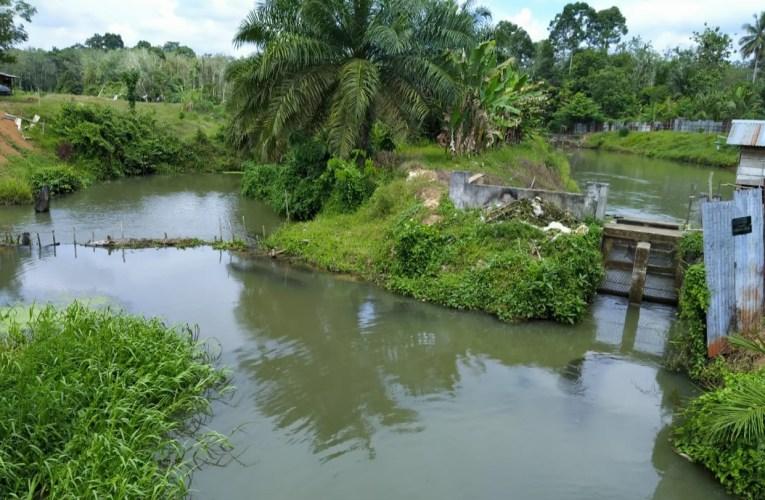 Warga Leban Jaya Protes Pembendungan Sungai Lesing ke Diskan