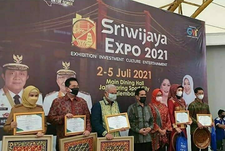 Wabup Apresiasi Stand Musi Rawas & Raih Harapan III Pada Sriwijaya Expo 2021
