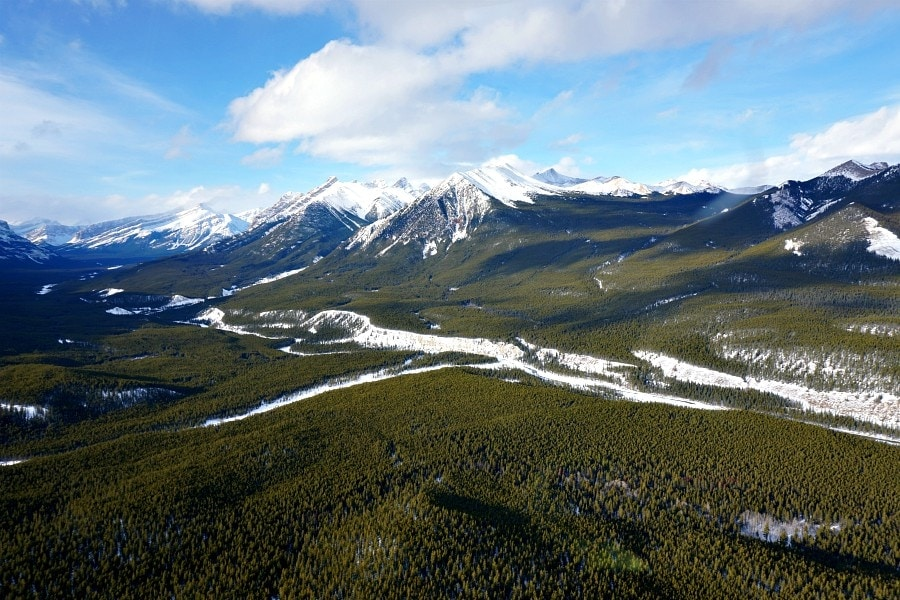 Helicopter Tour in the rocky mountains