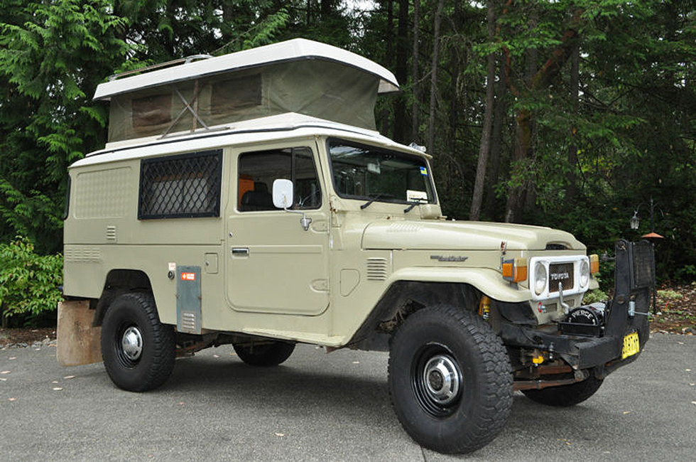 Toyota - Land Cruiser FJ45 Troopy Expedition