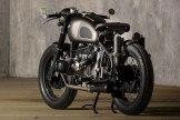 BMW-R80-BY-ER-MOTORCYCLES-garage-closeup