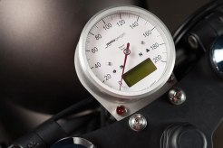 BMW-R80-BY-ER-MOTORCYCLES-speedometer
