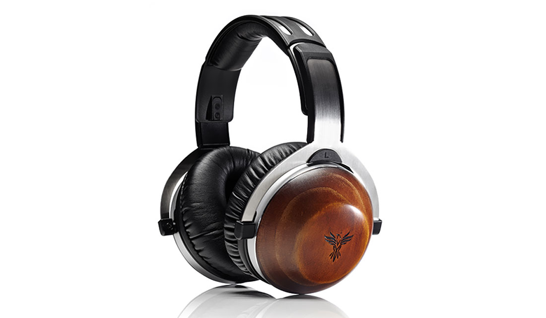 THE FEENIX ARIA HEADPHONES