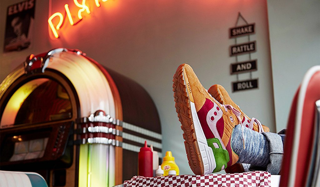 Saucony x END. Shadow 5000 'Burger'