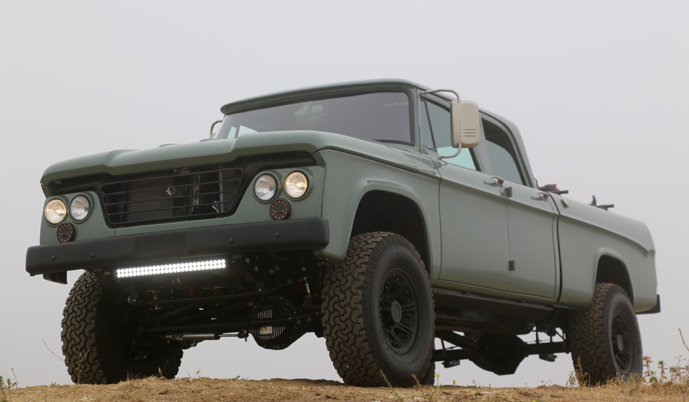 ICON DODGE POWER WAGON CREW CAB HEMI