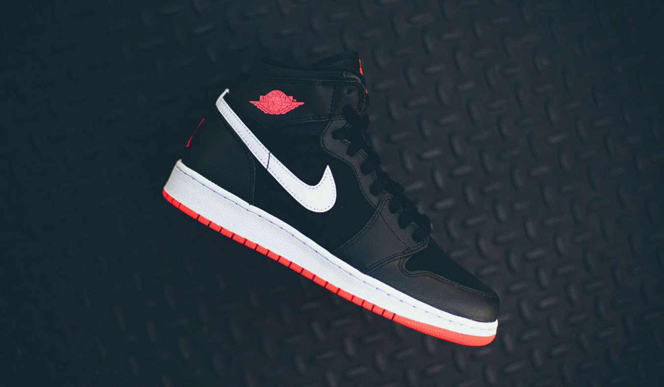AIR JORDAN 1 HIGH GG BLACK & HOT LAVA